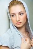 Portrait der jungen schönen Frau Stockfotos