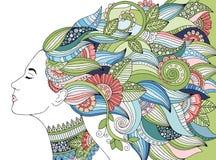 Portrait der jungen schönen Frau mit Blumen Schablone für Visitenkarten, Werbung, Schönheitssalons, Flieger, Netz Stockfotografie