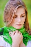 Portrait der jungen traurigen Frau Stockfotos
