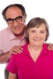 Portrait der lächelnden gereiften Paare Stockbild