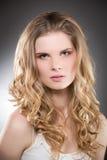 Portrait der schönen Blondine, Stockfotos