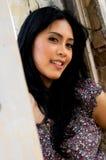 Portrait der schönen Frau an im Freien Lizenzfreie Stockbilder
