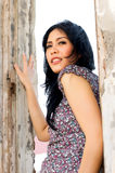 Portrait der schönen Frau an im Freien Stockbilder