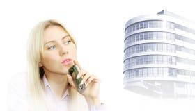 Portrait der schönen Geschäftsfrauen mit Telefon Stockfoto