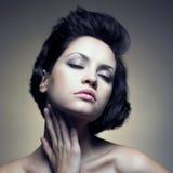Portrait der schönen sinnlichen Frau Stockfoto