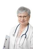 Portrait des älteren Arztes für Allgemeinmedizin Stockbild