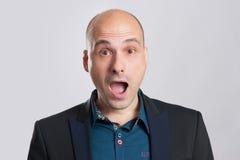 Portrait des überraschten Mannes Lizenzfreie Stockfotos
