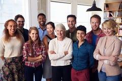 Portrait des affaires multiculturelles Team In Office photo stock
