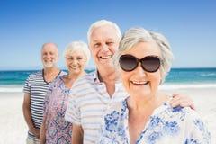 Portrait des amis supérieurs de sourire Image libre de droits