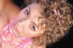 Portrait des attraktiven Mädchens Stockfoto