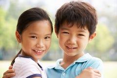 Portrait des chinesischen Jungen und des Mädchens Lizenzfreies Stockfoto