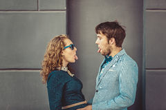 Portrait des couples heureux de hippie dans l'amour Photos libres de droits