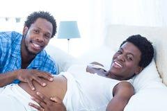Portrait des couples joyeux photos libres de droits