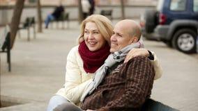 Portrait des couples pluss âgé banque de vidéos