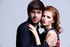 Portrait des couples sexy de charme dans l'amour Photo stock