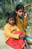 Portrait des enfants tribals dans un village Kumrokhali, Inde Image libre de droits