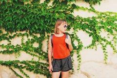 Portrait des entzückenden kleinen Mädchens Lizenzfreies Stockfoto