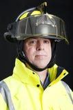Portrait des ernsten Feuerwehrmanns Lizenzfreie Stockfotos