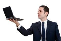 Portrait des Executivholdinglaptops herauf Höhe Lizenzfreie Stockfotos