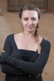 Portrait des femmes d'une chevelure assez brunes Photo stock