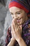 Portrait des Frauenlächelns. lizenzfreie stockbilder