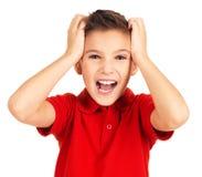 Portrait des glücklichen Jungen mit hellem Ausdruck Stockbild