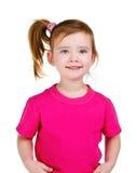Portrait des glücklichen lächelnden kleinen Mädchens Lizenzfreies Stockfoto