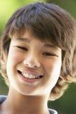 Portrait des Jungen-Lächelns stockbilder