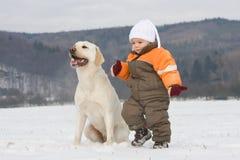 Portrait des Jungen mit Hund Lizenzfreies Stockfoto