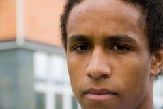 Portrait des jungen schwarzen Mannes Lizenzfreie Stockbilder