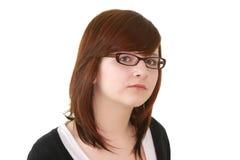Portrait des jungen weiblichen Jugendlichen in den Gläsern Stockfotografie