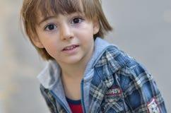 Portrait des kleinen Jungen Lizenzfreies Stockbild