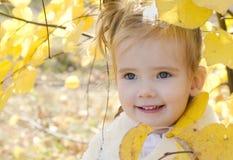 Portrait des kleinen kaukasischen Mädchens Lizenzfreies Stockbild
