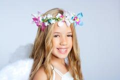 Portrait des kleinen Mädchens der Engelskinder lizenzfreie stockfotografie