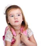 Portrait des kleinen Mädchens mit einem Rucksack Stockbilder