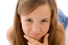 Portrait des lächelnden Mädchens lizenzfreies stockbild