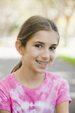 Portrait des lächelnden Tween-Mädchens Lizenzfreie Stockbilder