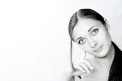 Portrait des Mädchens im Studio Stockfoto