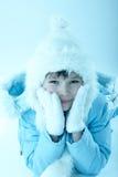 Portrait des Mädchens im Winter Lizenzfreies Stockfoto