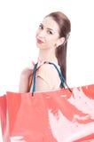 Portrait des paniers de transport modèles femelles sur l'épaule Photographie stock