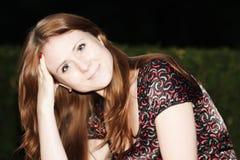 Portrait des red-haired Mädchens lizenzfreie stockfotos