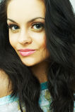 Portrait des schönen jungen reizvollen Brunette Lizenzfreie Stockbilder