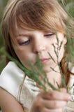 Portrait des schönen kleinen Mädchens Stockfoto