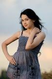Portrait des schönen Mädchens draußen lizenzfreie stockbilder