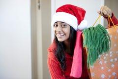 Portrait des schönen Weihnachtsmädchens Stockfoto