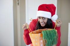 Portrait des schönen Weihnachtsmädchens Stockfotografie
