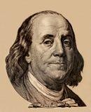 Portrait des US-Staatsmannes, -erfinders und -diplomaten Benjamin Franklin, wie er auf hundert Dollarscheingegenstücck schaut S P Stockbild
