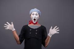 Portrait du visage drôle blanc de pantomime masculin et Images stock