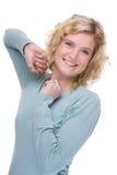 Portrait eine schöne und glückliche kaukasische Frau Lizenzfreie Stockfotos