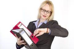 Portrait einer erwachsenen schönen Geschäftsfrau. Stockbilder